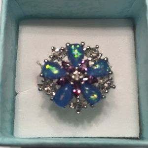 925(sterling silver) flower Blue fire opal size 9